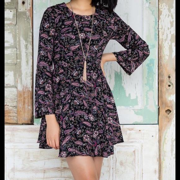 Francesca's Collections Dresses & Skirts - Paisley Dress
